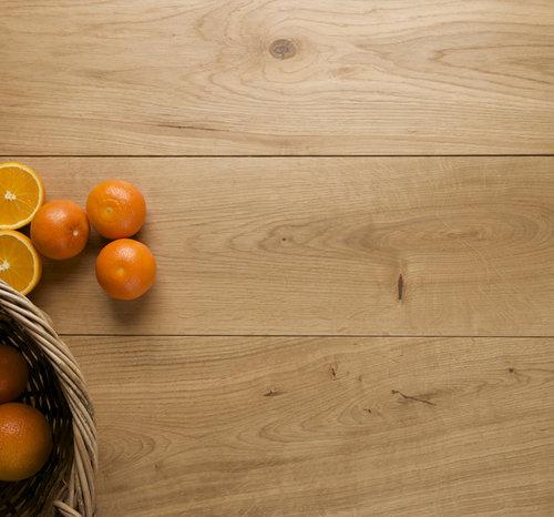 wood vs laminate flooring