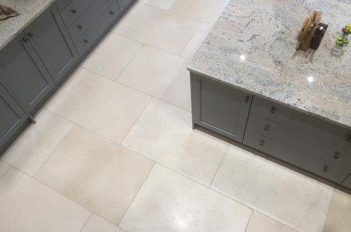 old white limestone